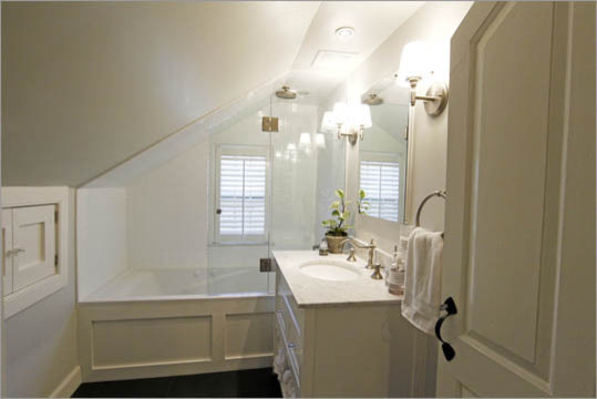 Bathroom Niche - Contemporary - Bathroom - boston