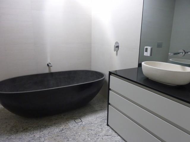 Bathroom - Modern - Bathroom - canberra - queanbeyan - by Nu Look ...