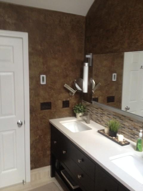 Bathroom Remodel - Moderno - Stanza da Bagno - boston - di Creative Custom Carpentry