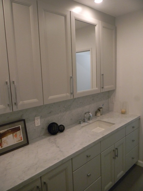 Bathroom remodeling modern bathroom los angeles by for Bathroom remodeling contractor los angeles