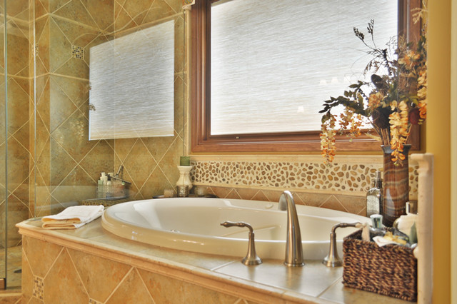 Bathroom remodeling phoenix traditional bathroom for Bath remodel in phoenix