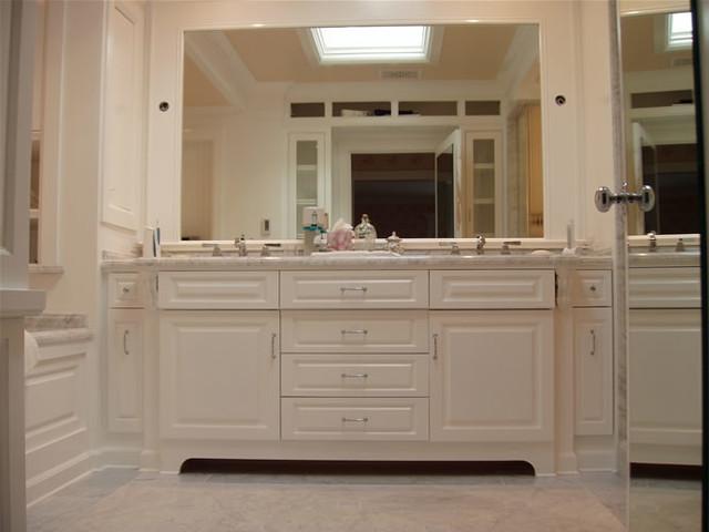 Bathroom remodeling traditional bathroom los angeles for Bath remodel ventura