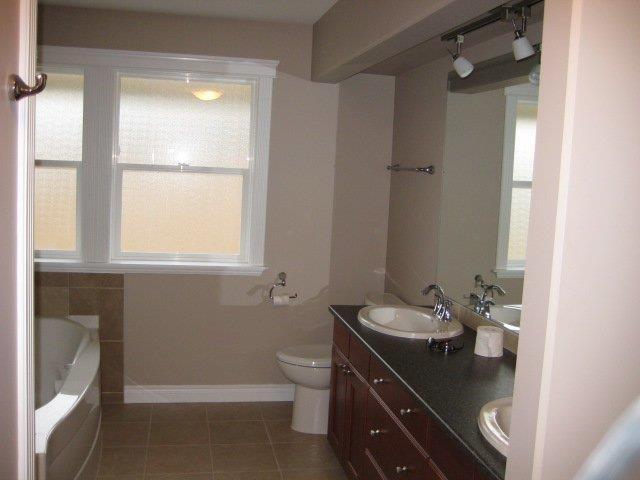 Bathroom reno traditional bathroom edmonton by ipc for Bathroom designs edmonton