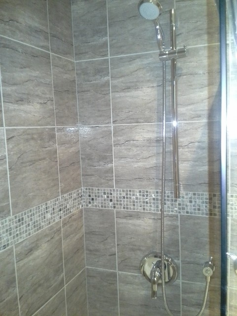 Bathroom Renovation Brown Tiles Insertion Mosaic La Caroleuse Trad