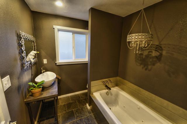 Bathroom renovation bauhaus look badezimmer other for Looking for bathroom renovators
