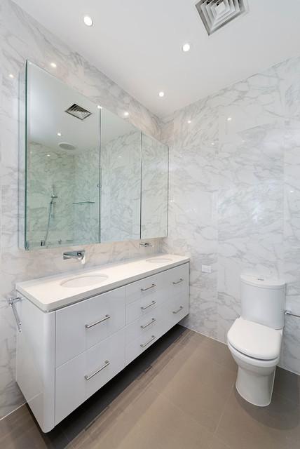 Bathroom renovation toorak modern bathroom melbourne for Bathrooms r us melbourne