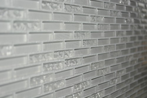 Even A Small Amount Of Shimmer, Like The Silver Glitter Grout Used In This  Traditional Kitchen Backsplash, Is Enough To Add Demure Pizzazz, Without  Turning ...
