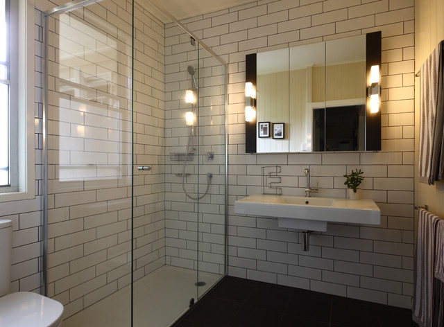 Contemporary White Tile And Subway Tile Corner Shower Idea In Brisbane With  A Wall Mount Part 94