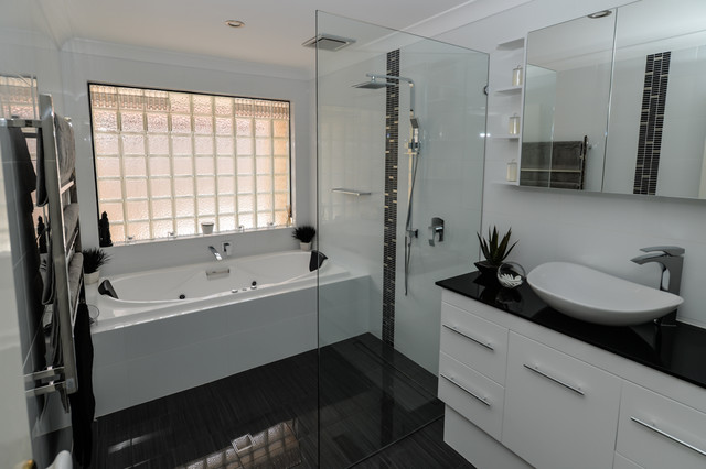 Bathroom spa renovation canning vale for E kitchens canning vale