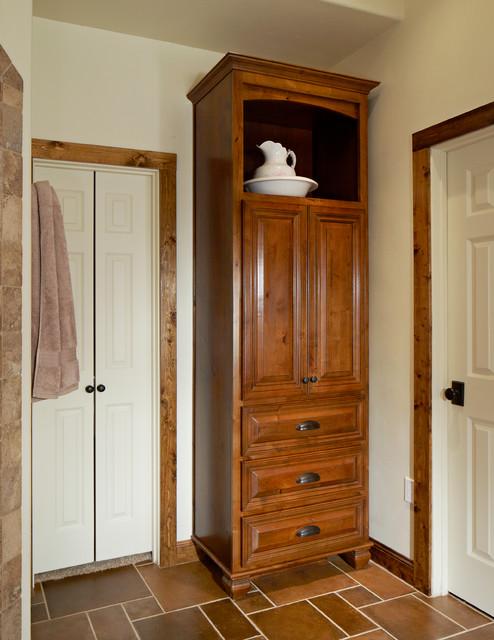 Bathroom storage cabinets traditional-bathroom