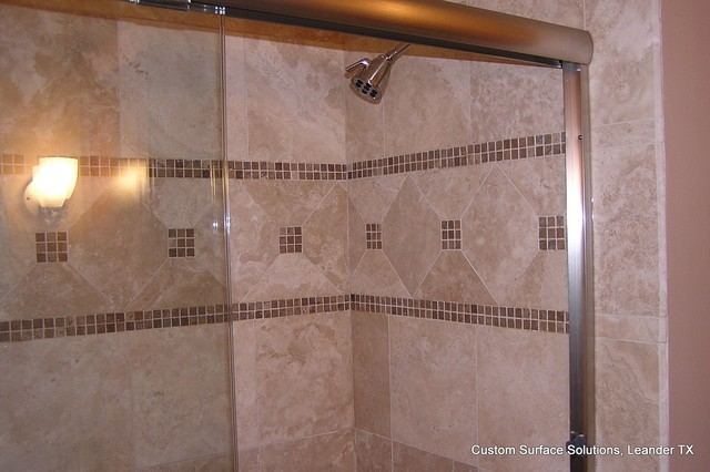 Bathroom - Travertine Tile Tub Surround with Accent Tile ...