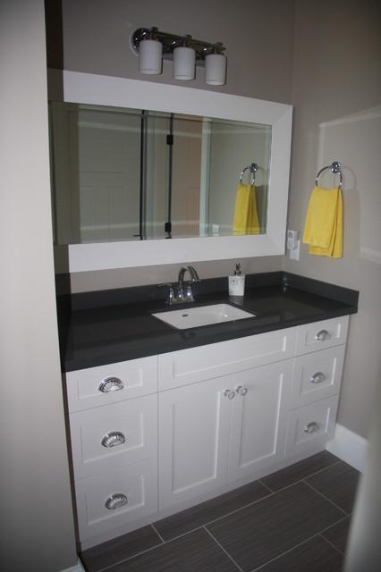 Bathroom Vanities traditional-bathroom