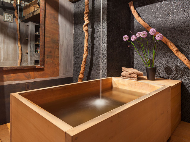 bathroom with japanese wooden soaking tub. Black Bedroom Furniture Sets. Home Design Ideas