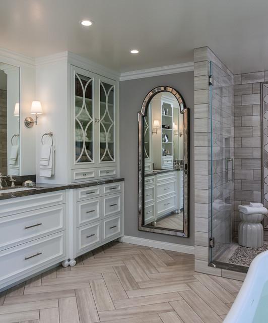 Elegant bathroom photo in San Francisco