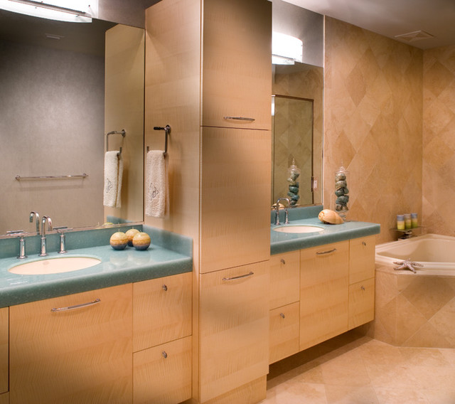 Tampa Kitchen And Bath Gallery: Bathrooms By Olde World
