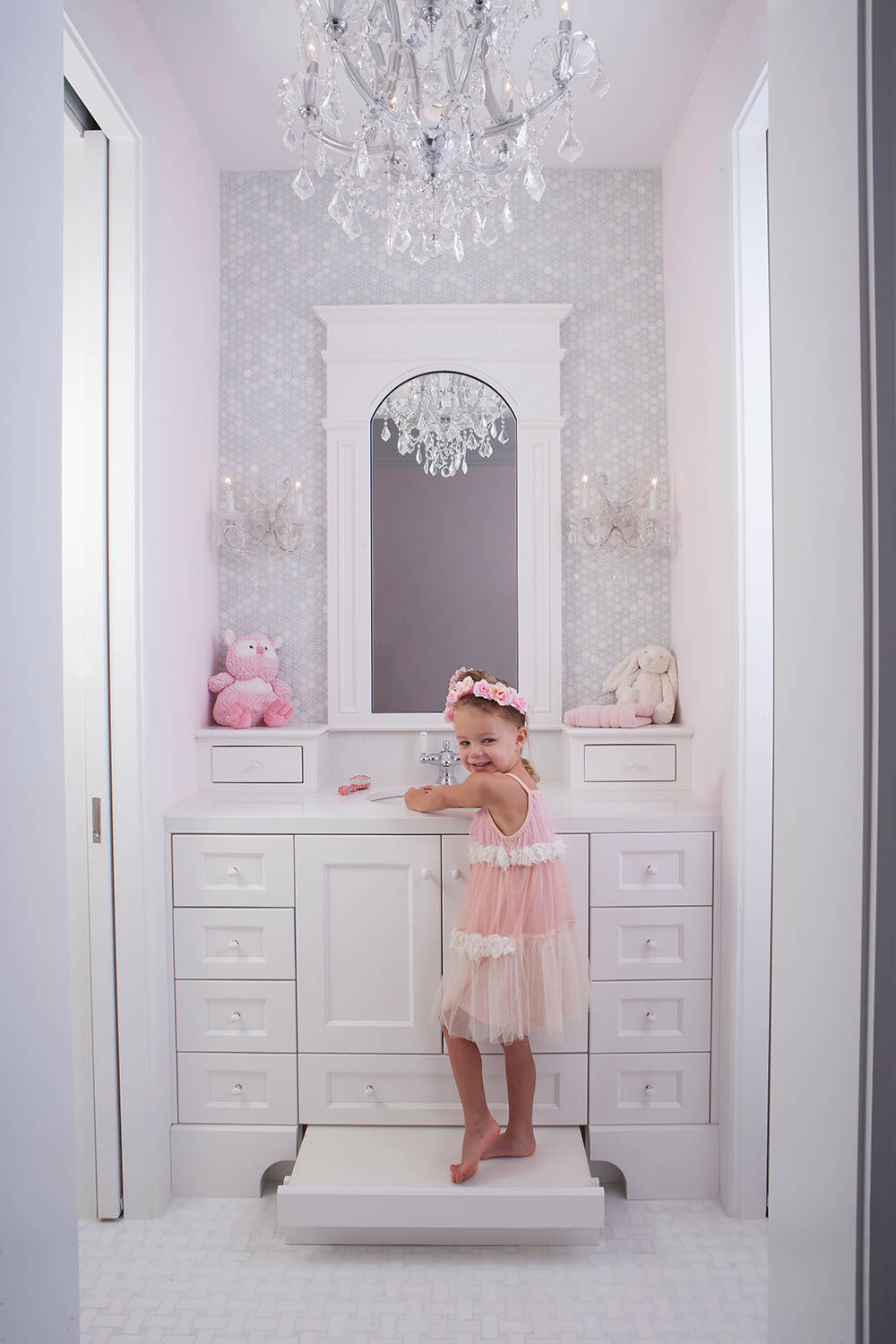 75 Beautiful Mosaic Tile Kids Bathroom Pictures Ideas May 2021 Houzz