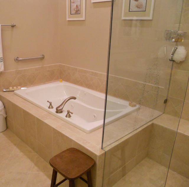 Bathrooms traditional bathroom by kitchen and bath for Bathrooms b q installation