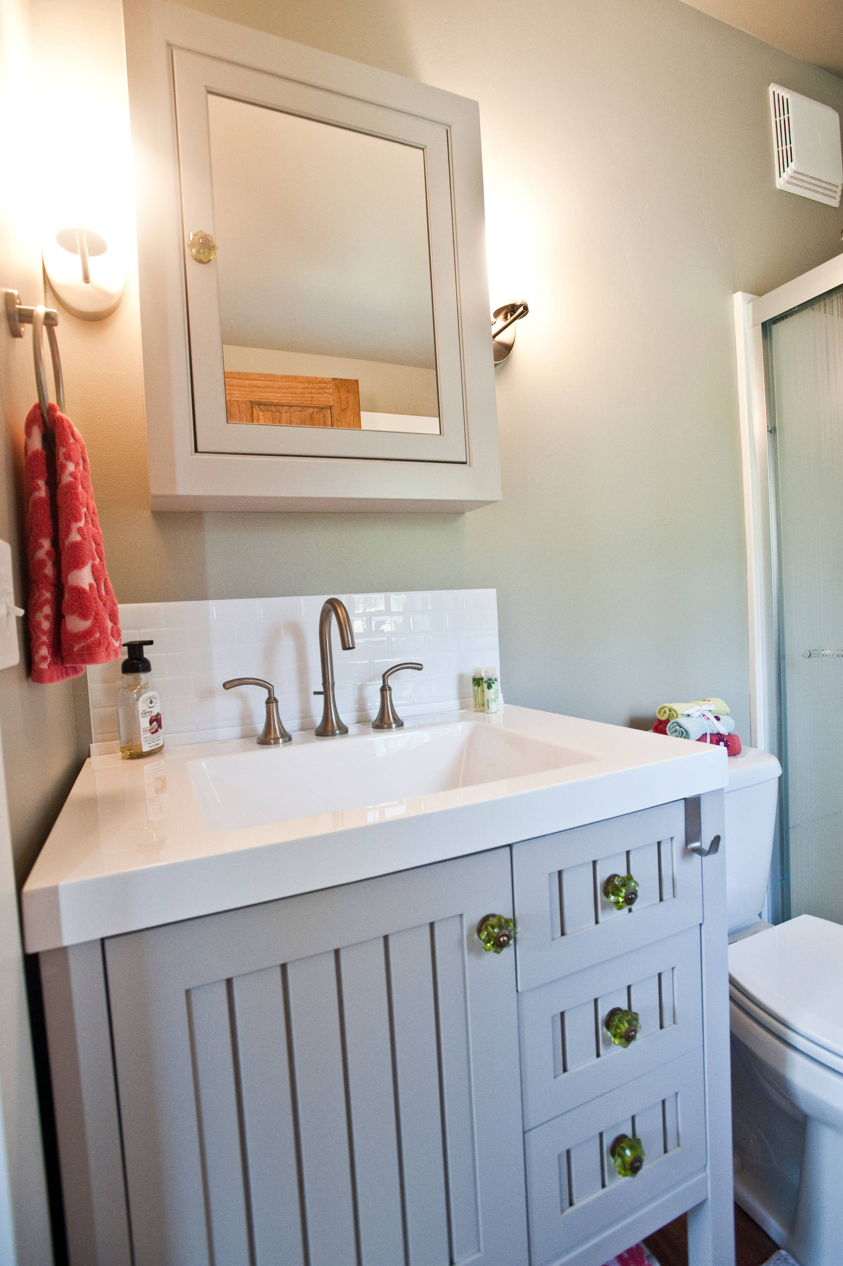 Peel Stick Bathroom Ideas Photos Houzz