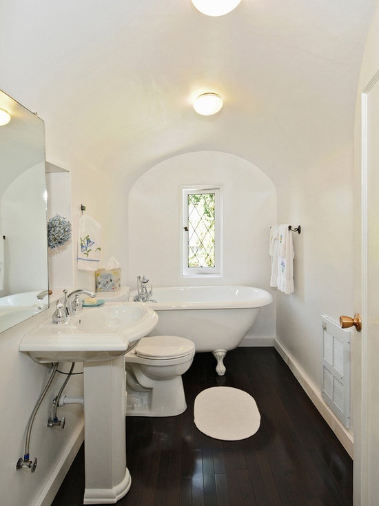Southwestern houston bath design ideas pictures remodel for Bathroom decor houston