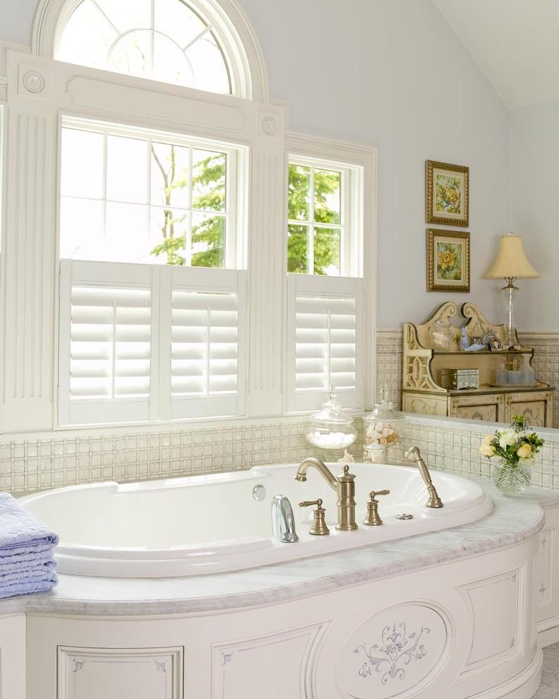 Drop-in bathtub - traditional drop-in bathtub idea in New York