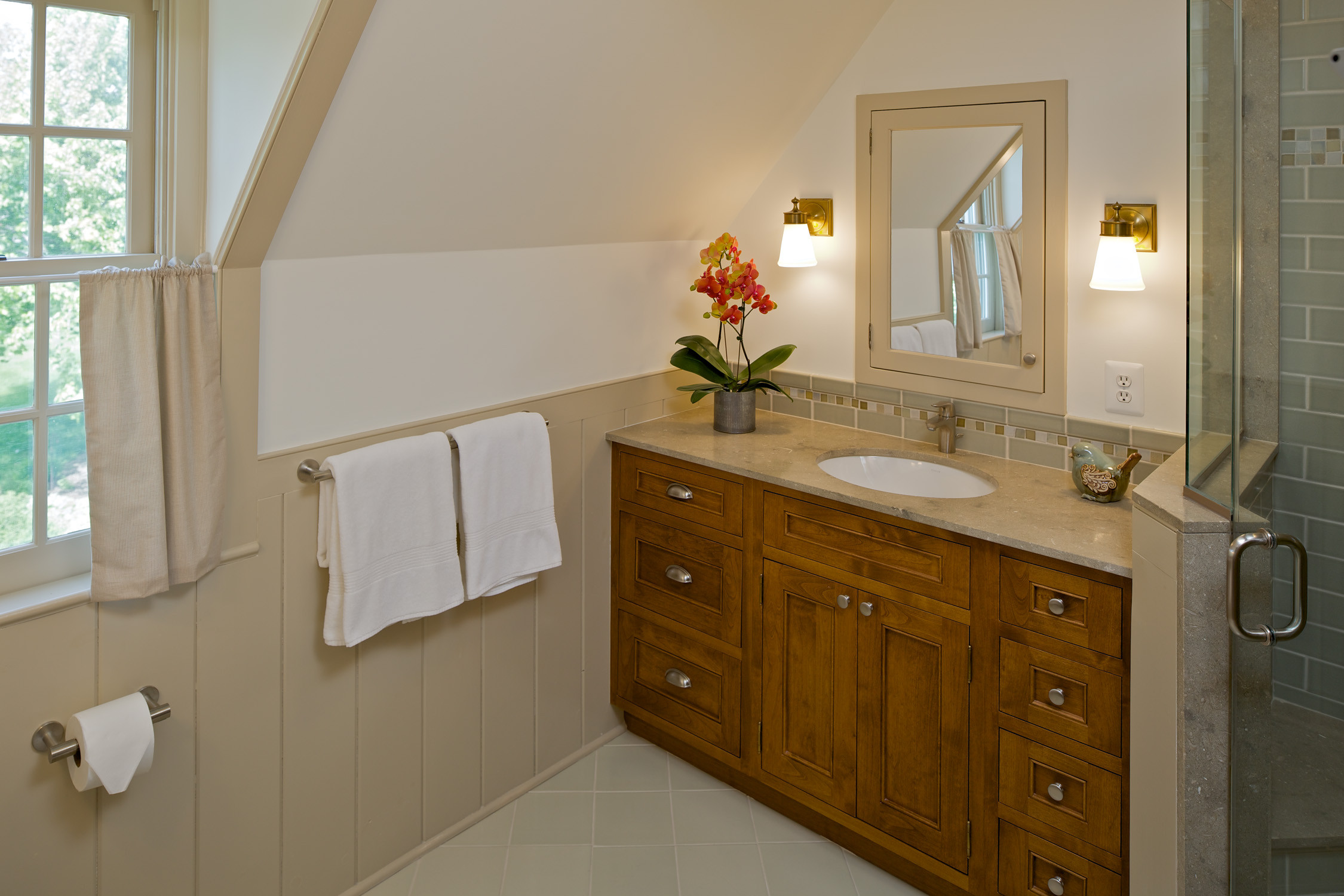 Bathrooms With Stained Wood