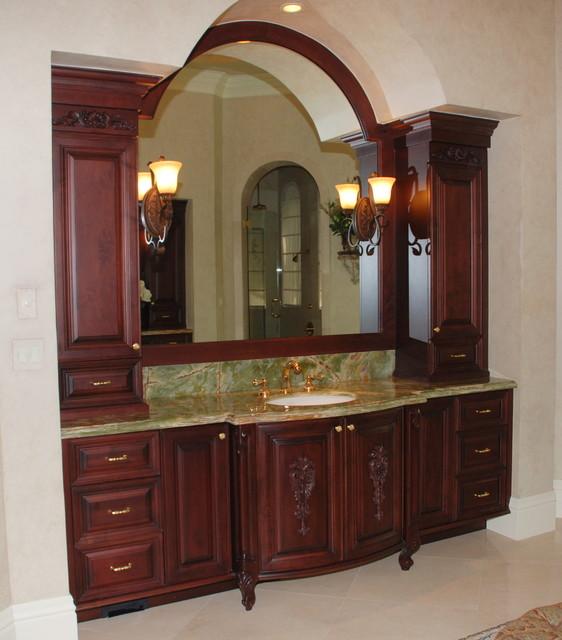 Bathroom - traditional bathroom idea in Miami