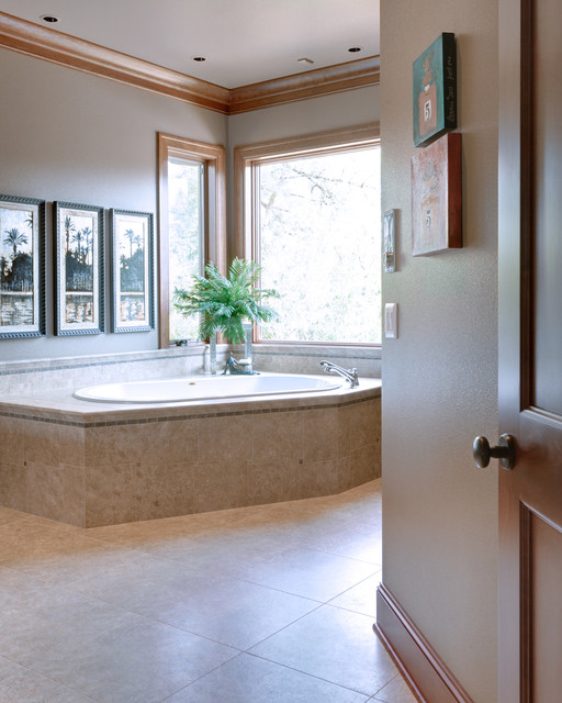 Baths traditional-bathroom