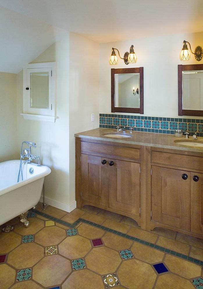 Mountain style claw-foot bathtub photo in Portland