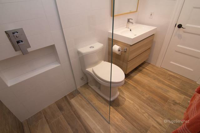 Bathtub to shower conversion contemporary bathroom for Rona lavabo salle de bain