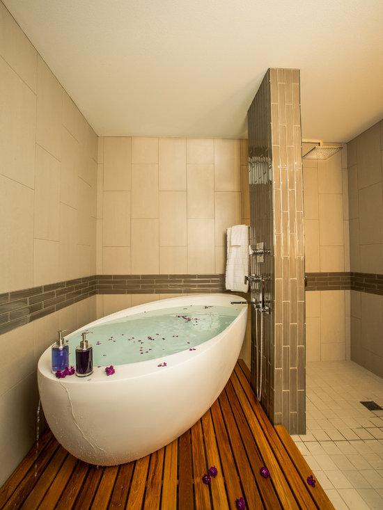 Bathtubs - Copyright Bristol Design and Construction. Photography by Erik Mosvold.