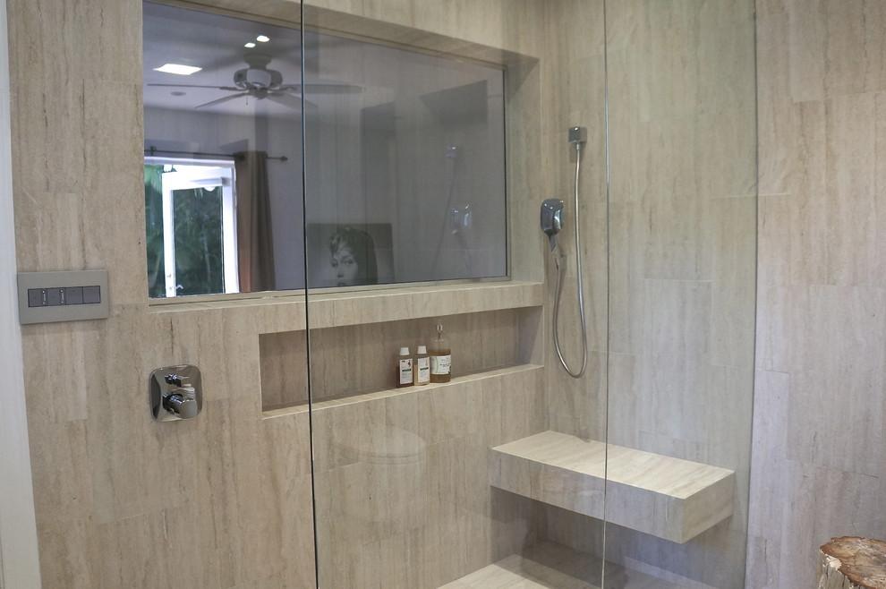 Example of a large minimalist bathroom design in Miami