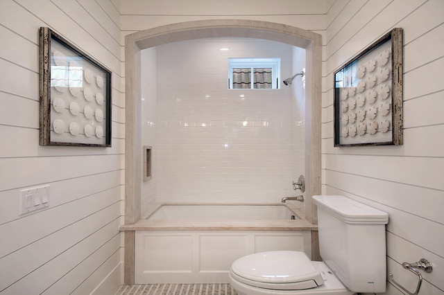 Bayshore drive traditional-bathroom