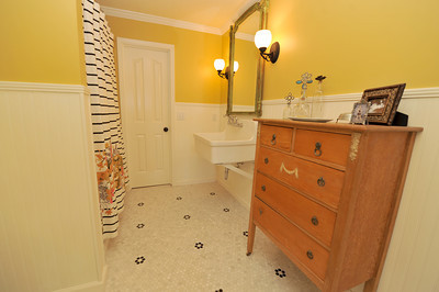 Be Our Guest Traditional Bathroom Birmingham By Case Design Remodeling Birmingham