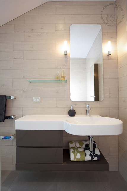 Beach Bathroom  Beach Style  Bathroom  Auckland  by Du Bois Design