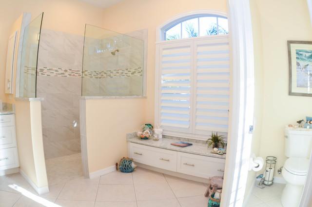 Beach bathroom remodel venice fl for Bath remodel venice fl