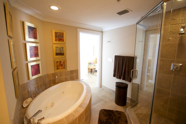 Beach club pensacola beach contemporary bathroom for Bath remodel pensacola fl