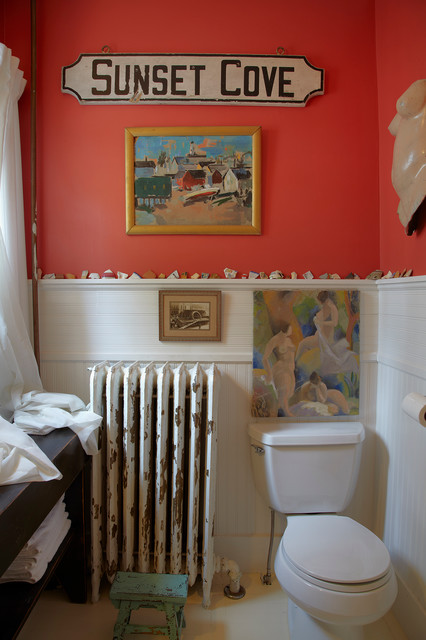 Beach House eclectic bathroom