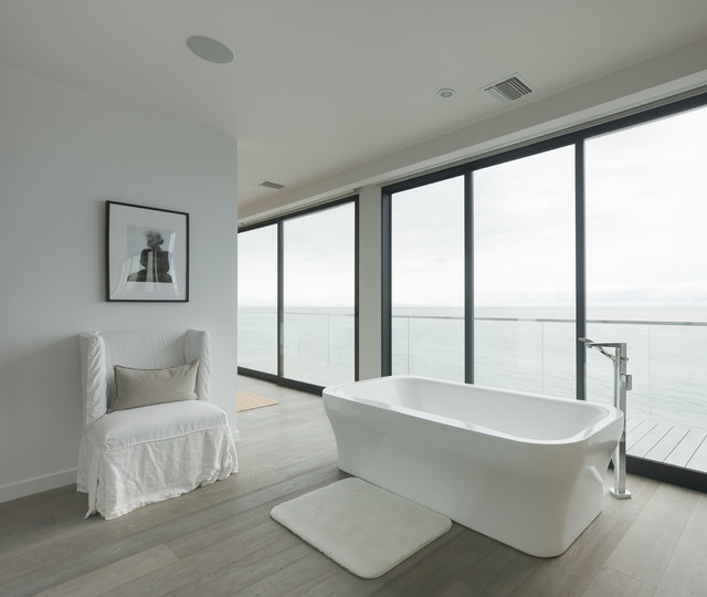 Beach house master bathroom contemporary bathroom for Beach house master bathroom