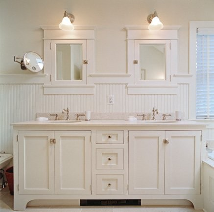 beadboard bathroom, white bathroom, double vanity, cottage style