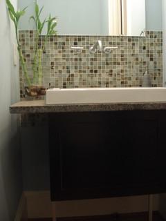 beautiful backsplash in a modern bathroom renovation