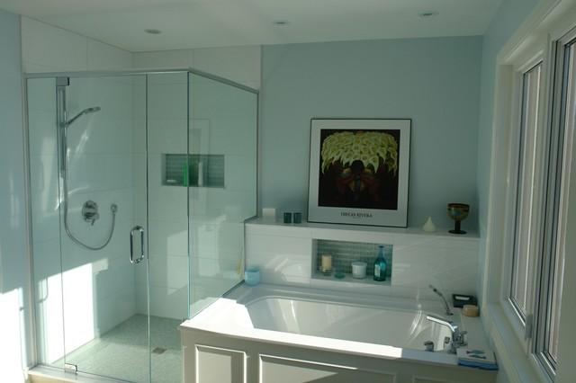 Beautiful Traditional Bathroom Space Bathroom ottawa