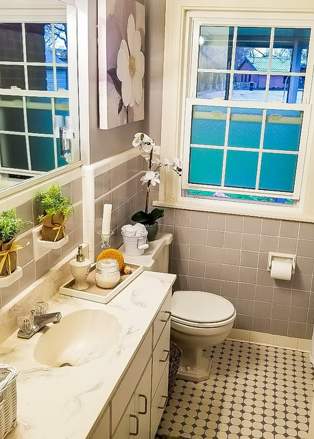 Inspiration for a timeless bathroom remodel in Louisville