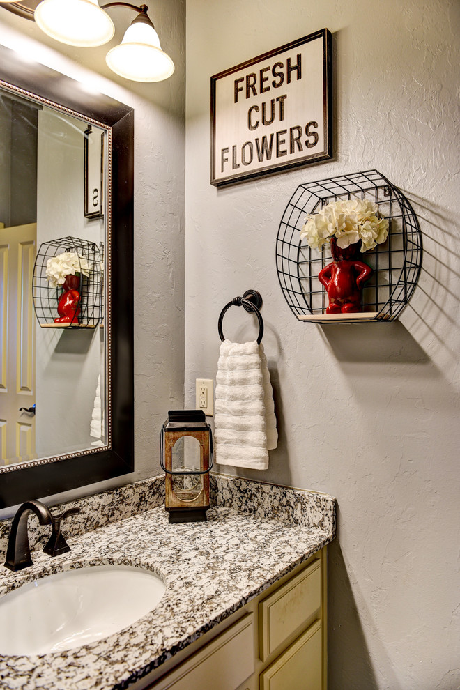 Before and Afters Bathrooms - Farmhouse - Bathroom ...