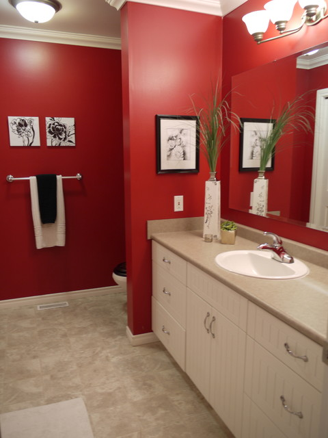 before and afters traditional-bathroom