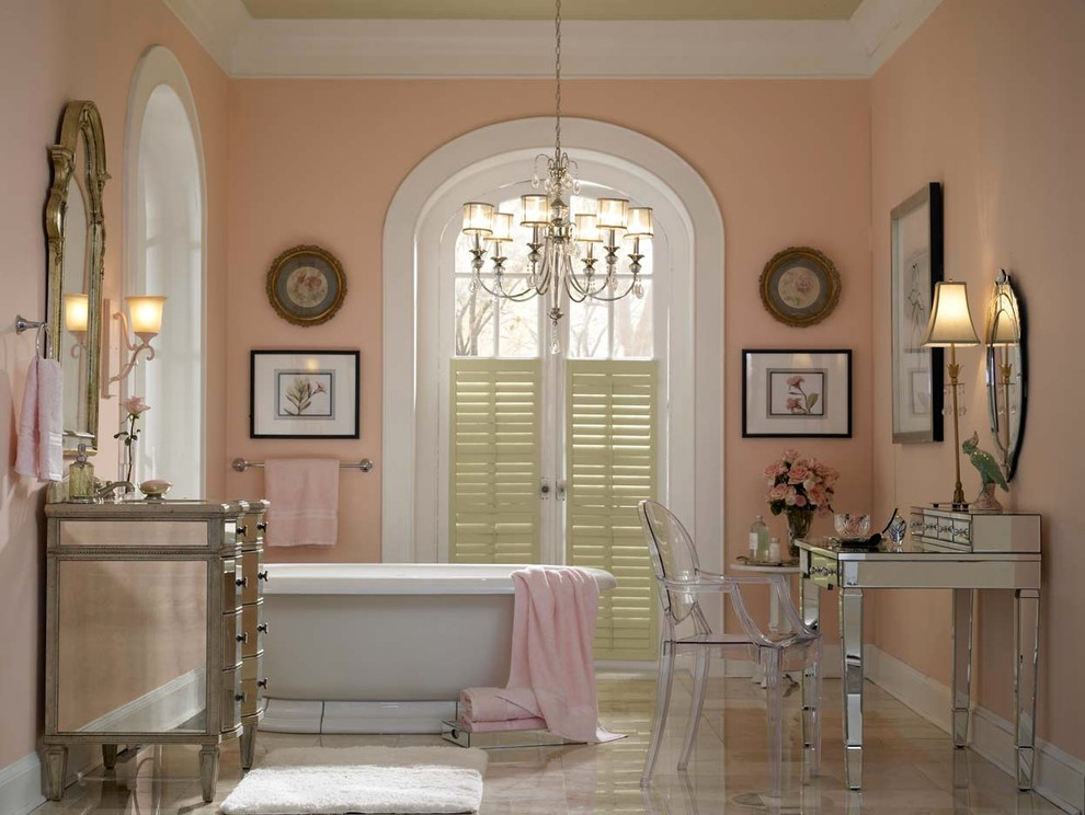 Inspiration for a classic bathroom in Other.