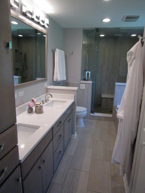 Bella Bathroom Contemporary Bathroom Chicago By
