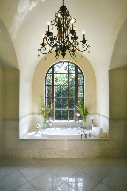 Belle Luce mediterranean bathroom