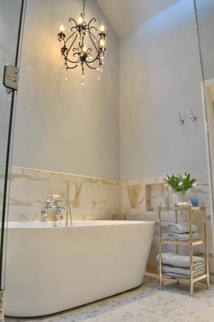 Bellevue Home traditional-bathroom
