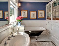 Bellevue House craftsman-bathroom