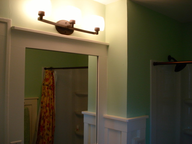 Benjamin Renovation traditional-bathroom